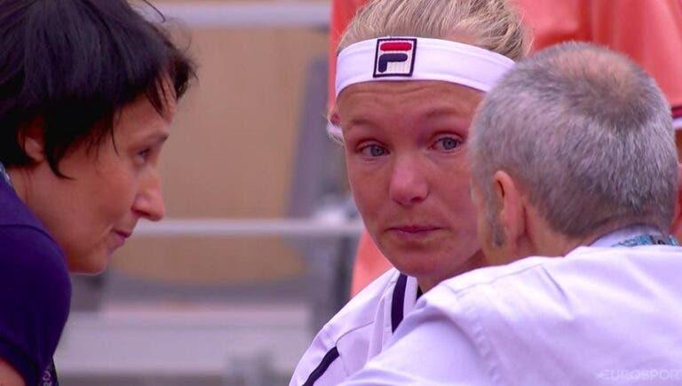 Kiki Bertens, uma das favoritas ao título, desiste em lágrimas