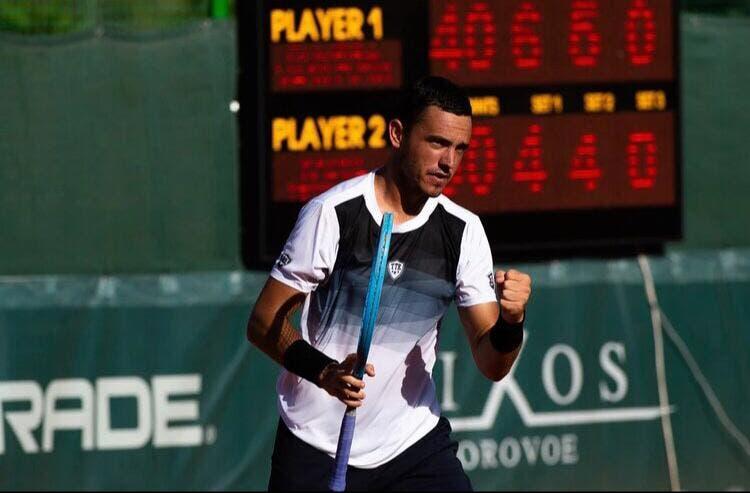 Gonçalo Oliveira joga a bom nível e entra a ganhar no ATP de Delray Beach