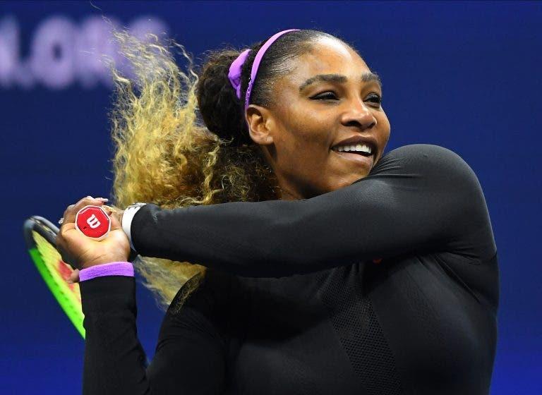 Serena Williams arrasa Maria Sharapova em 59 minutos rumo à 2ª ronda do US Open
