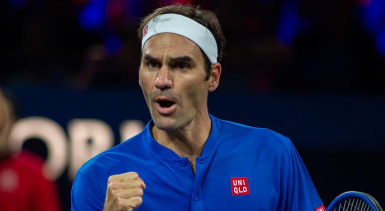 EUROPA-MUNDO, 10-11: Federer bate Isner e mantém a sua equipa viva