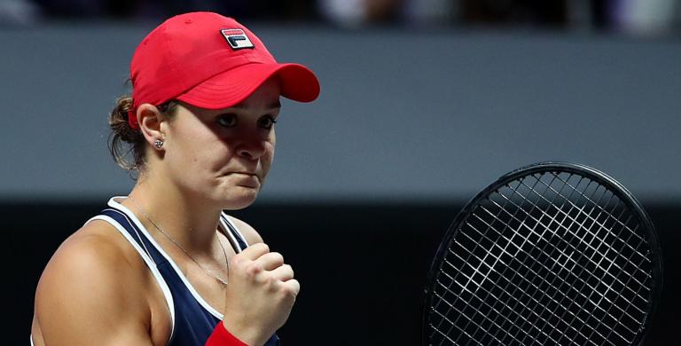 Barty derrota Kvitova e confirma vitória no Grupo Vermelho
