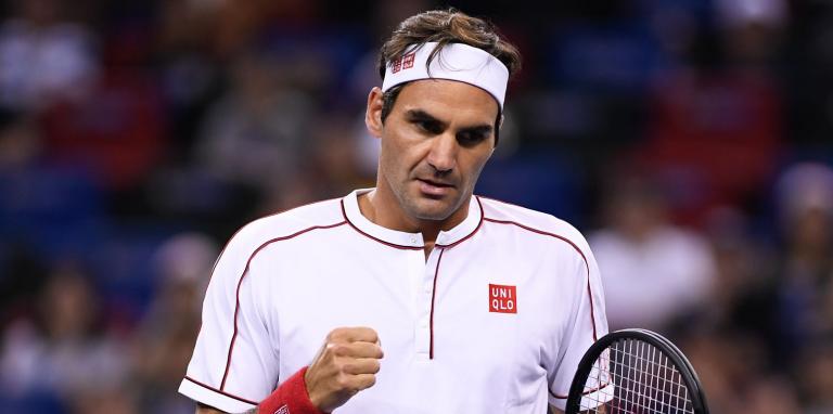Federer arrasa mais um rival rumo aos 'quartos' em Basileia