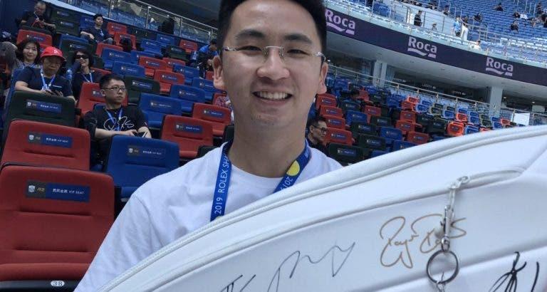 Jasper, o super-fã de Xangai que não sai da primeira fila e idolatra… Schwartzman