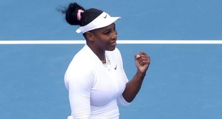 Serena Williams continua a vencer e chega em Auckland à 4.ª meia-final consecutiva