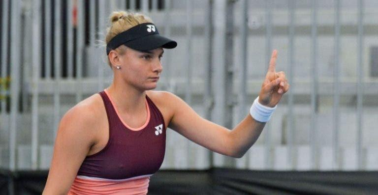 ITF explica por que razão Yastremska viajou apesar de suspensa