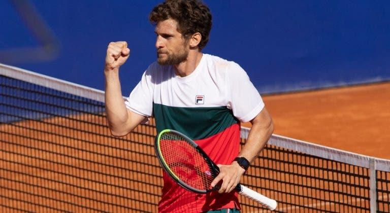 Pedro Sousa avança rumo aos 'quartos' do Lisboa Belém Open
