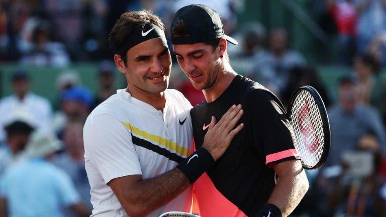 Federer surpreende Kokkinakis com mensagem privada no Instagram