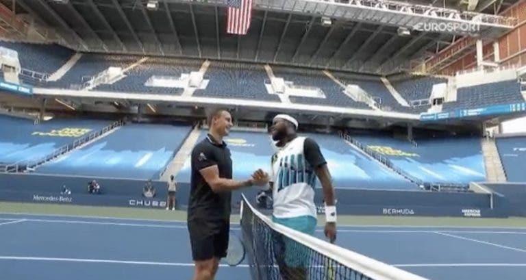 [VÍDEO] Tiafoe e Fucsovics cometem gaffe sanitária no US Open