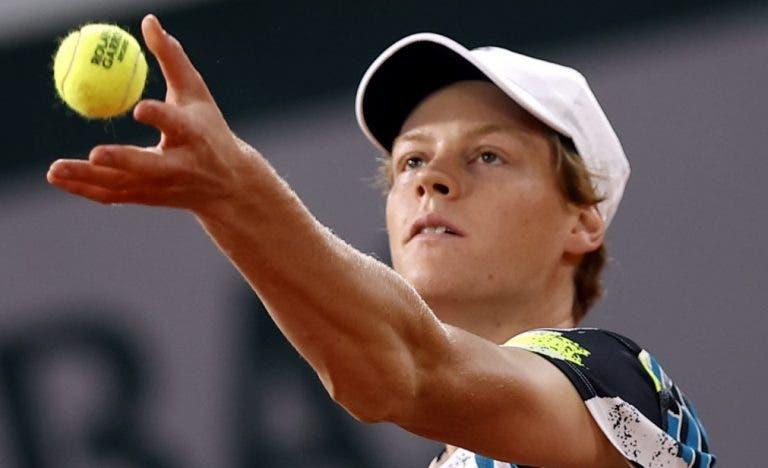 Lenda do ténis italiano acredita: «Sinner pode ser top 10 no próximo ano»