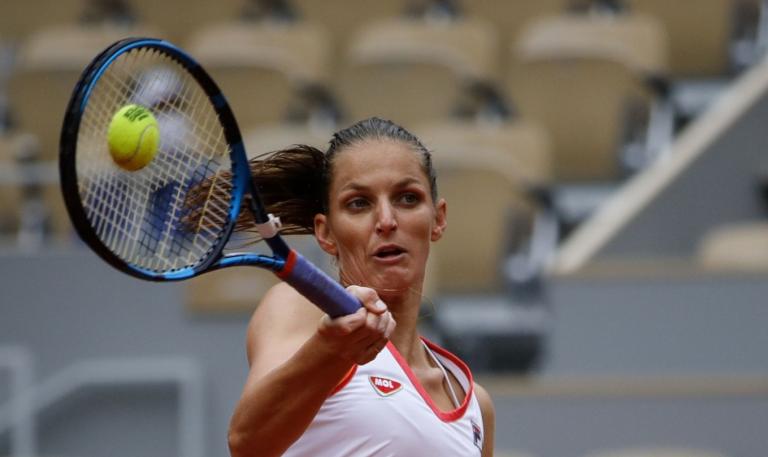Pliskova sofre mas vence e marca duelo com ex-campeã Ostapenko