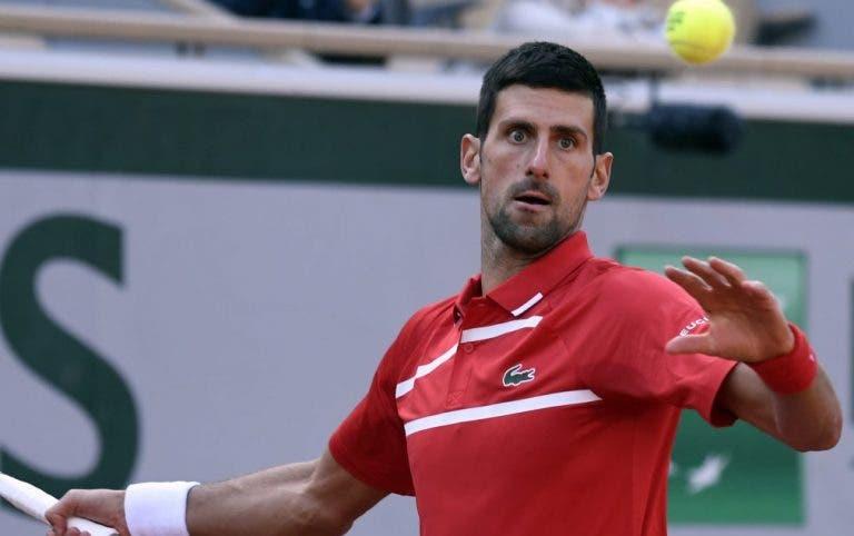 Djokovic volta a arrasar e avança tranquilamente para a 3ª ronda em Roland Garros