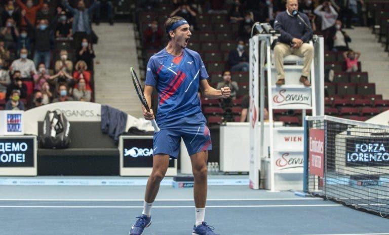 Sonego fez aquilo que só outros quatro tenistas conseguiram na história