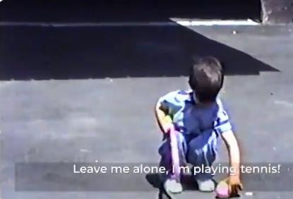 [VÍDEO] O momento em que Djokovic, com 4 anos, delira ao receber a sua primeira raqueta
