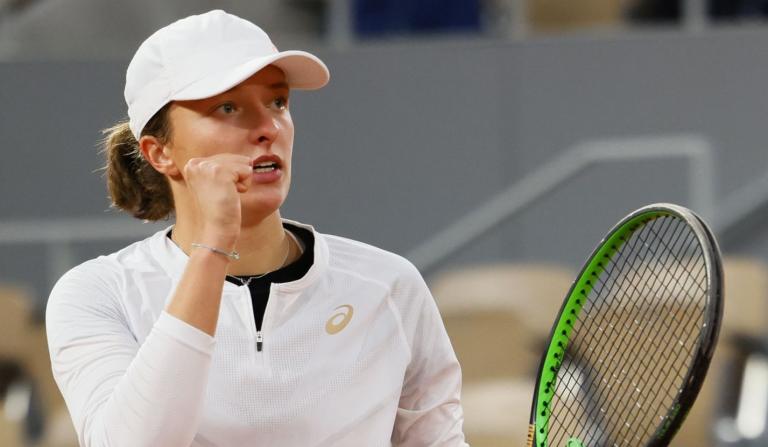 Swiatek: «Quero ser consistente como Federer, Nadal e Djokovic»