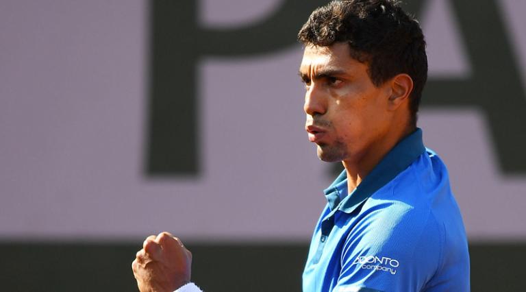 Thiago Monteiro não dá chances rumo aos 'quartos' em Córdoba