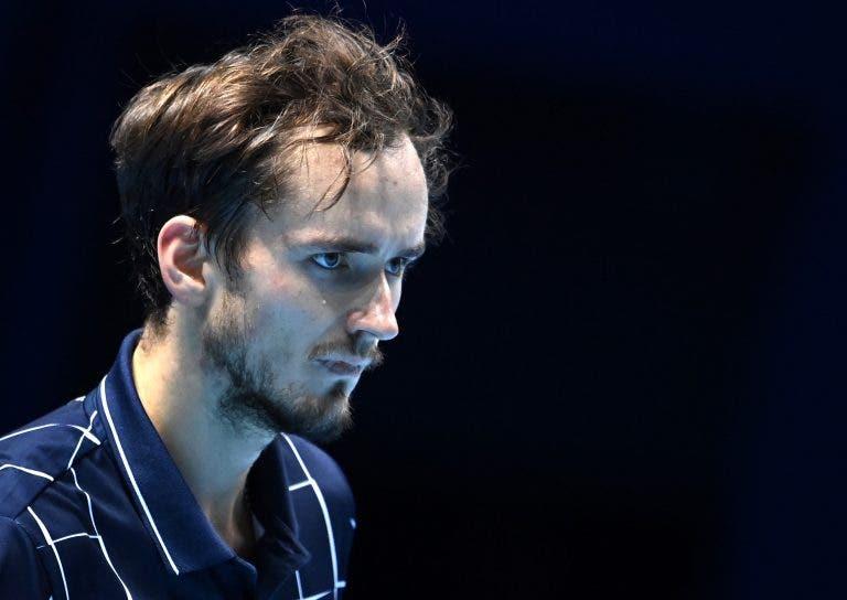 Medvedev felicita adiamento do Australian Open: «Foi a decisão correta»