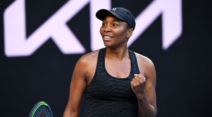 Venus Williams arrasa em Melbourne e marca duelo com Kvitova