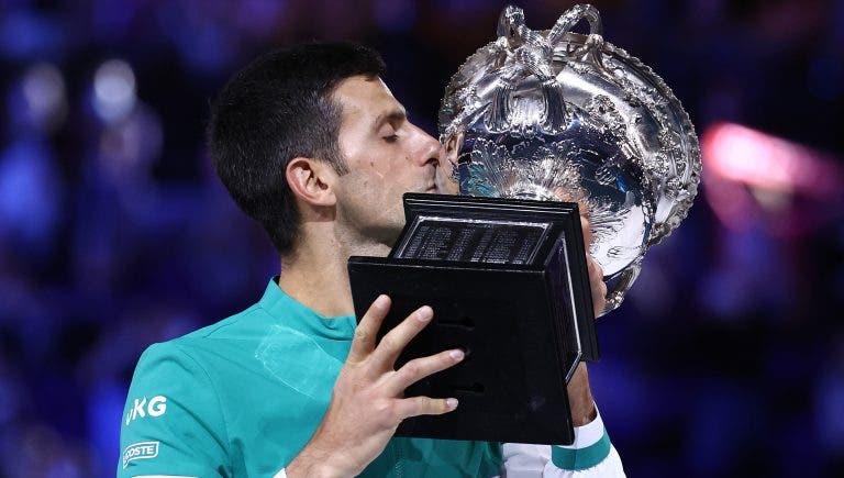 Djokovic mostra quem manda na final e conquista Australian Open pela nona vez