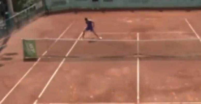 [VÍDEO] Carlos Alcaraz saca de um tweener volley em Las Palmas