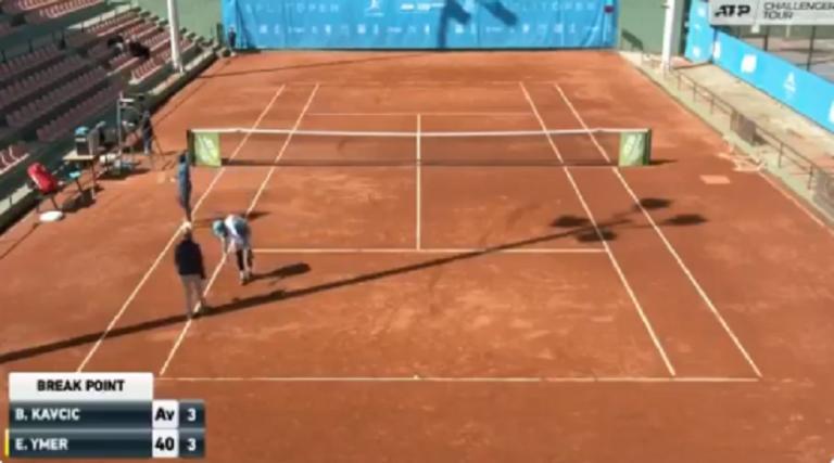[VÍDEO] Esloveno perde a cabeça com decisão da árbitro: «És muito má, és a pior de todas»