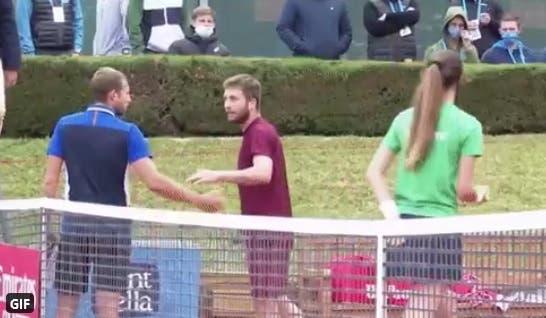 [VÍDEO] Evans e Moutet discutiram feio após batalha de três horas
