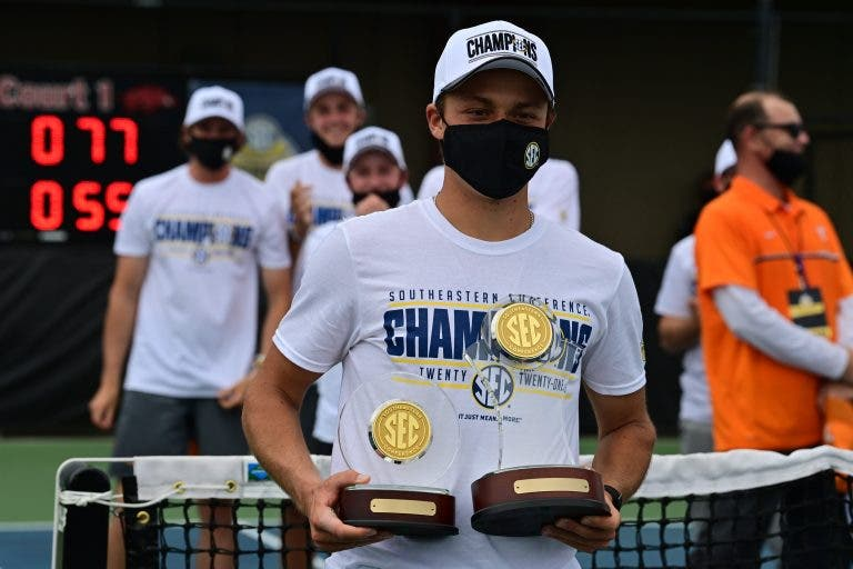 Campeão de conferência e MVP: Martim Prata brilha nos Estados Unidos