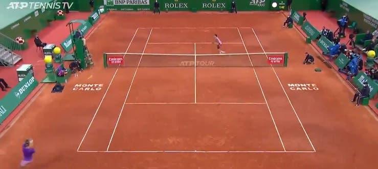 [VÍDEO] Nadal disparou um dos shots da temporada em Monte Carlo