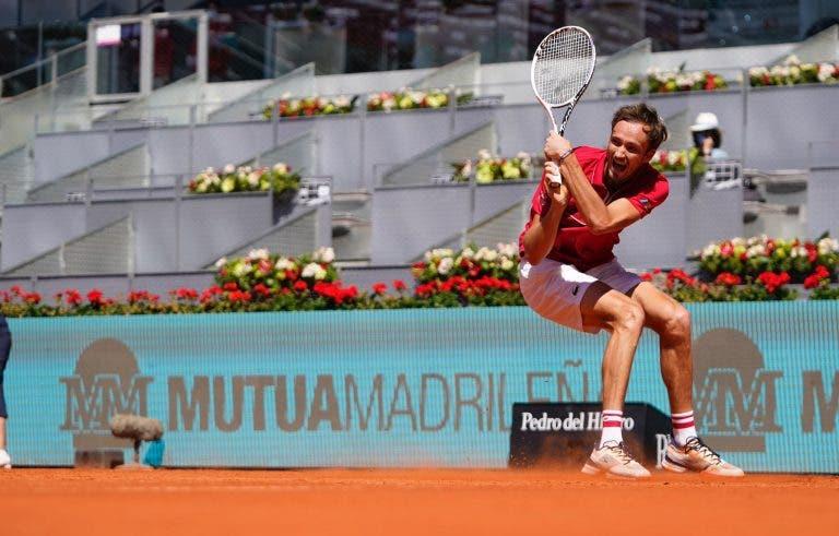 Medvedev sem brincadeiras: «O meu objetivo é ganhar Roland Garros»