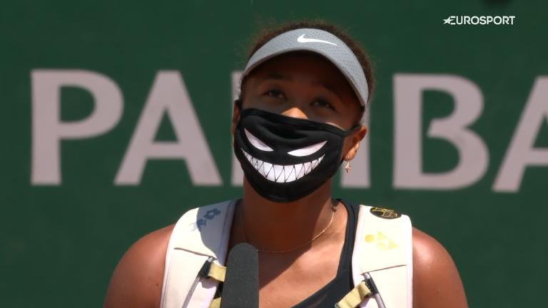Osaka deu a entrevista em court após vencer em Roland Garros