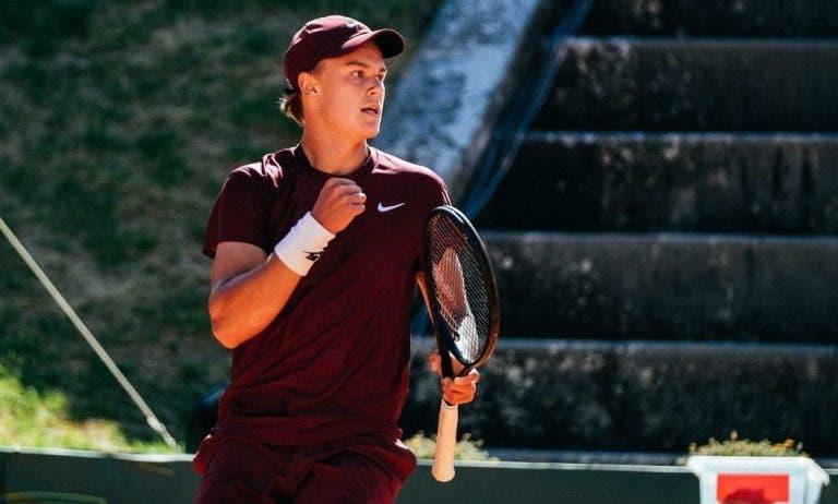 Holger Rune entra com boa vitória no Oeiras Open 4