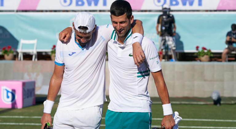 Djokovic desiste da final de pares em Maiorca devido a lesão do parceiro
