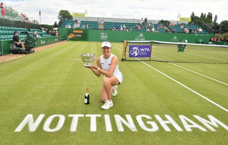 Konta ergue um troféu quatro anos depois e faz história para o ténis britânico