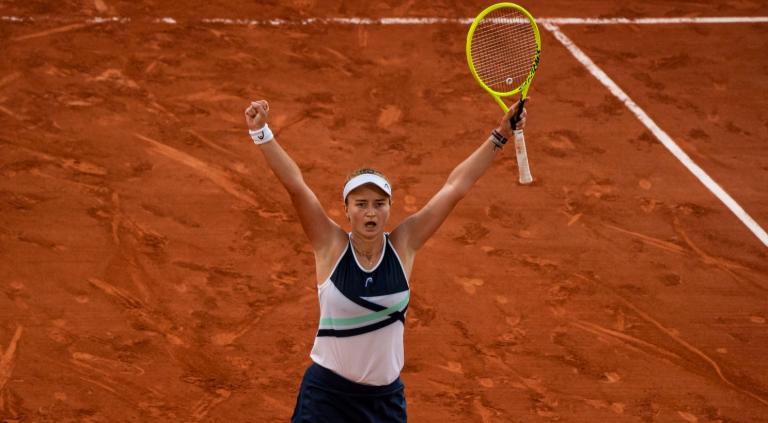 Que história: Krejcikova é a surpreendente campeã de Roland Garros