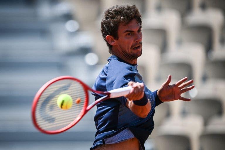 Laaksonen faz o encontro da sua vida e elimina Bautista em Roland Garros