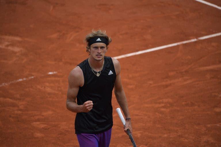 Zverev não encanta mas garante lugar na terceira ronda de Roland Garros