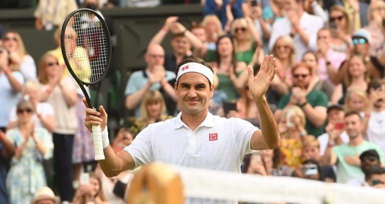 Federer angaria quase 4 milhões de euros em leilão com recordações marcantes