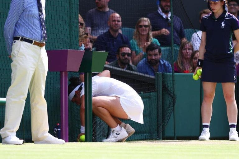 [VÍDEO] Jabeur vomitou em court minutos antes de vencer em Wimbledon