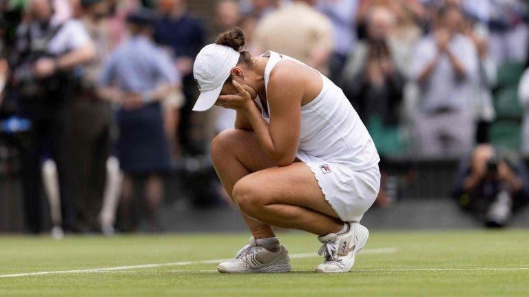O segredo está no… boné? Barty quebra 'maldição' curiosa em Wimbledon