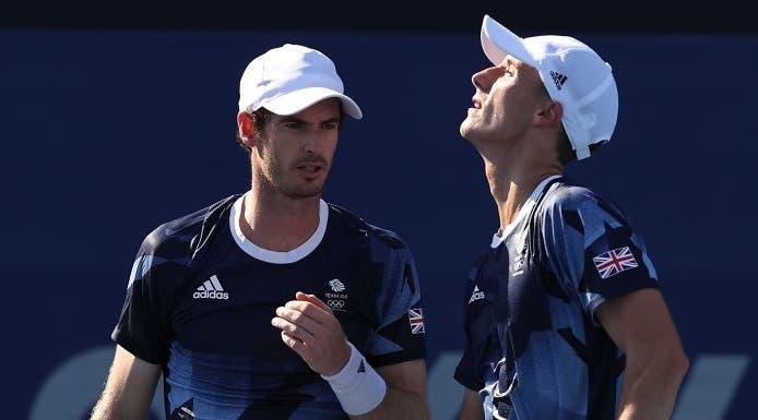 Murray diz adeus ao sonho de uma quarta medalha olímpica com derrota em pares