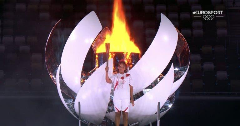 Naomi Osaka acendeu a pira olímpica de Tóquio'2020