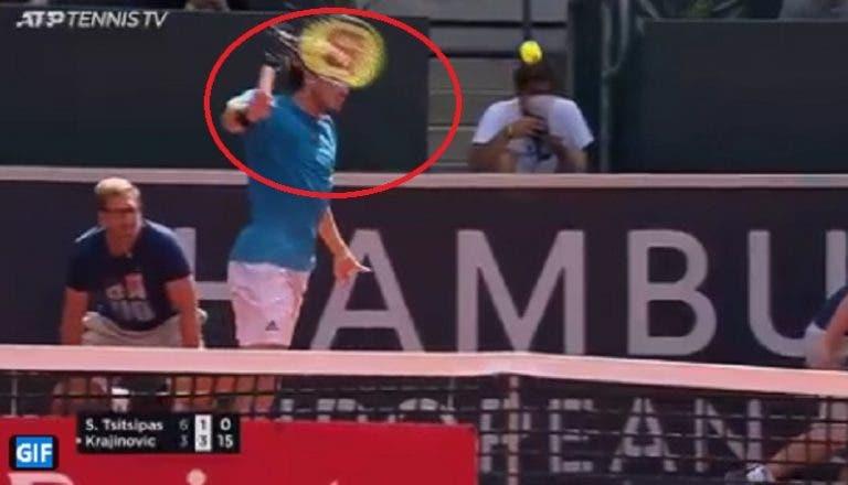 [VÍDEO] Surreal: raqueta de Tsitsipas parte-se ao meio a bater uma esquerda