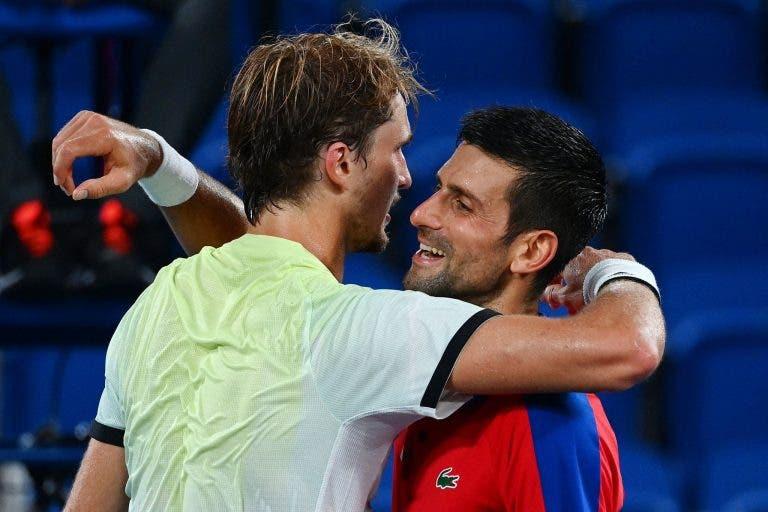 Zverev: «Djokovic vai bater todos os recordes, mas não pode ganhar tudo»