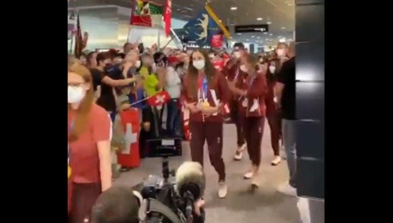 [VÍDEO] A impressionante receção de Belinda Bencic na Suíça